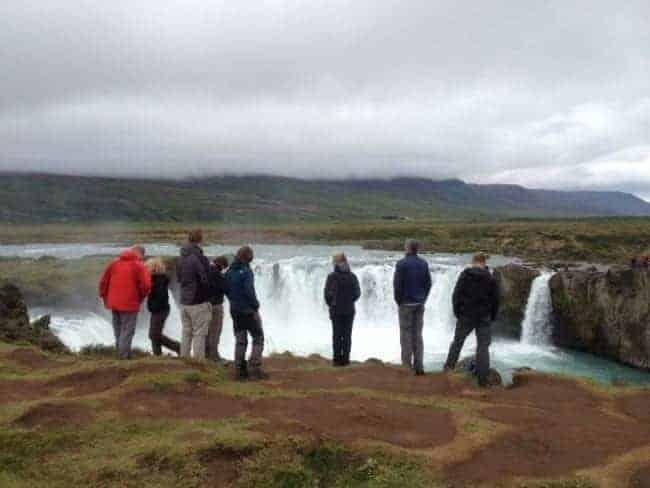 single-reizen-godafoss-ijsland