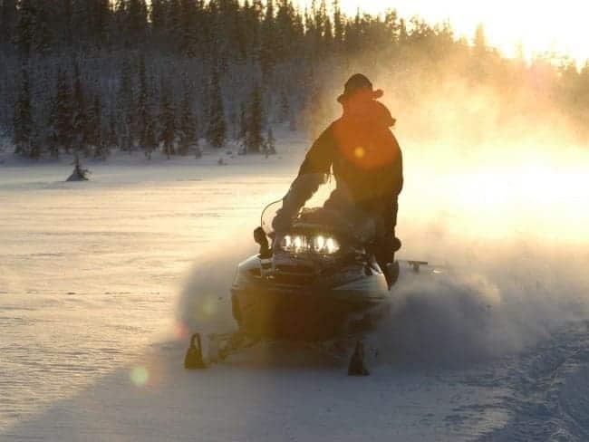 sneeuwscootertocht lapland winter