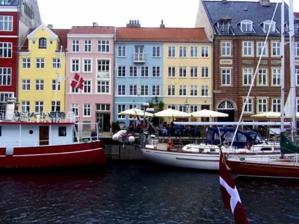 Gekleurde huisjes in Zweden