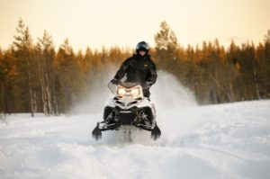 sneeuwscooter lapland safari single reis